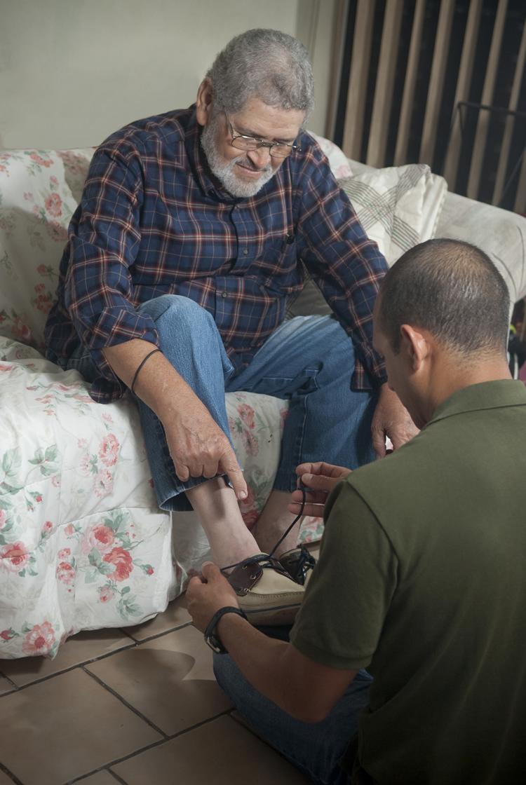 Alzheimers: Bathing, Dressing, Grooming - Help & Care, LLC